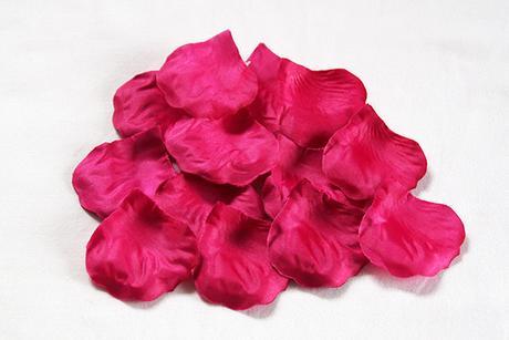 Plátky růží - tm.růžová - 100ks,