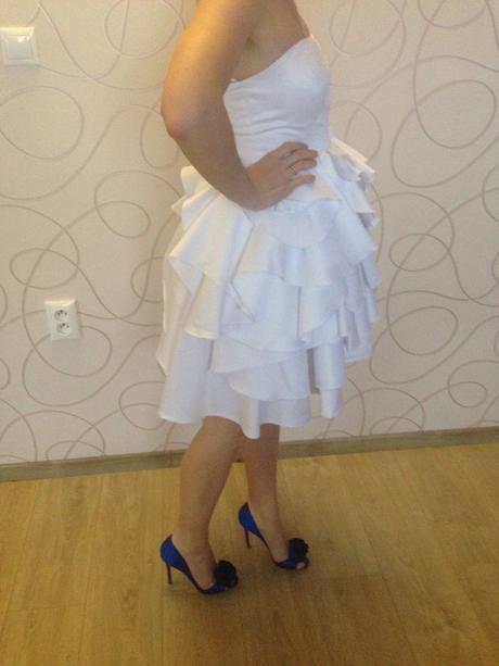 Biele šaty, 34