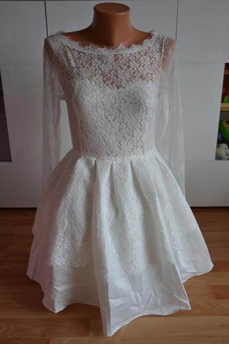 Krátké krajkové svatební šaty vel. 38- 40, 40