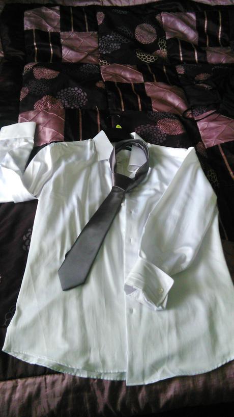 Svadobná košeľa, 52