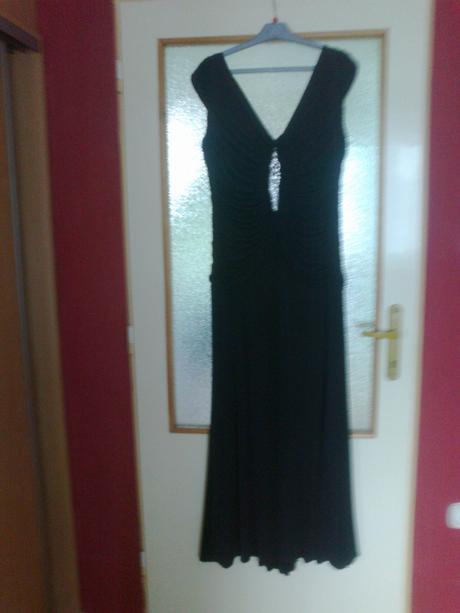 Spoločenské šaty , 48