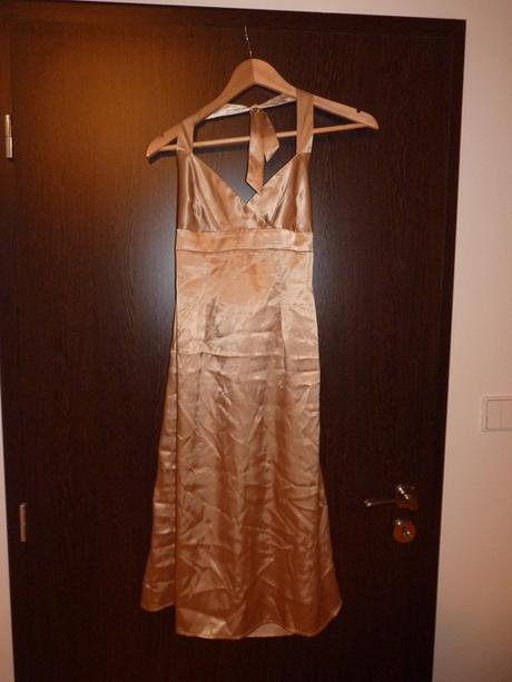 Zlaté kokteilové šaty Orsay, 38