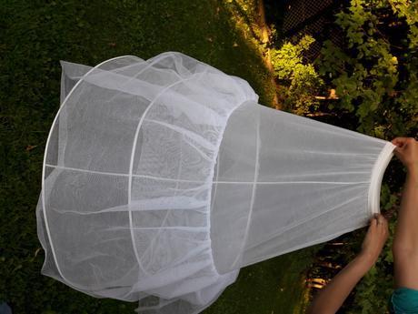 spodnička pod svatební šaty, 30