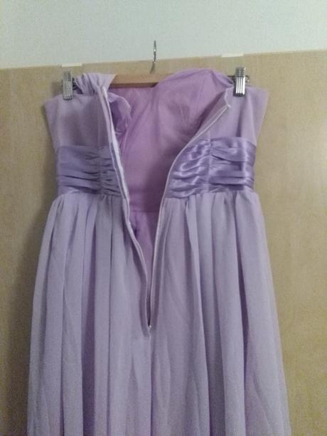Družičkovské šaty, 38