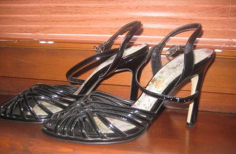 Čierne a cyklamenové sandále, 39