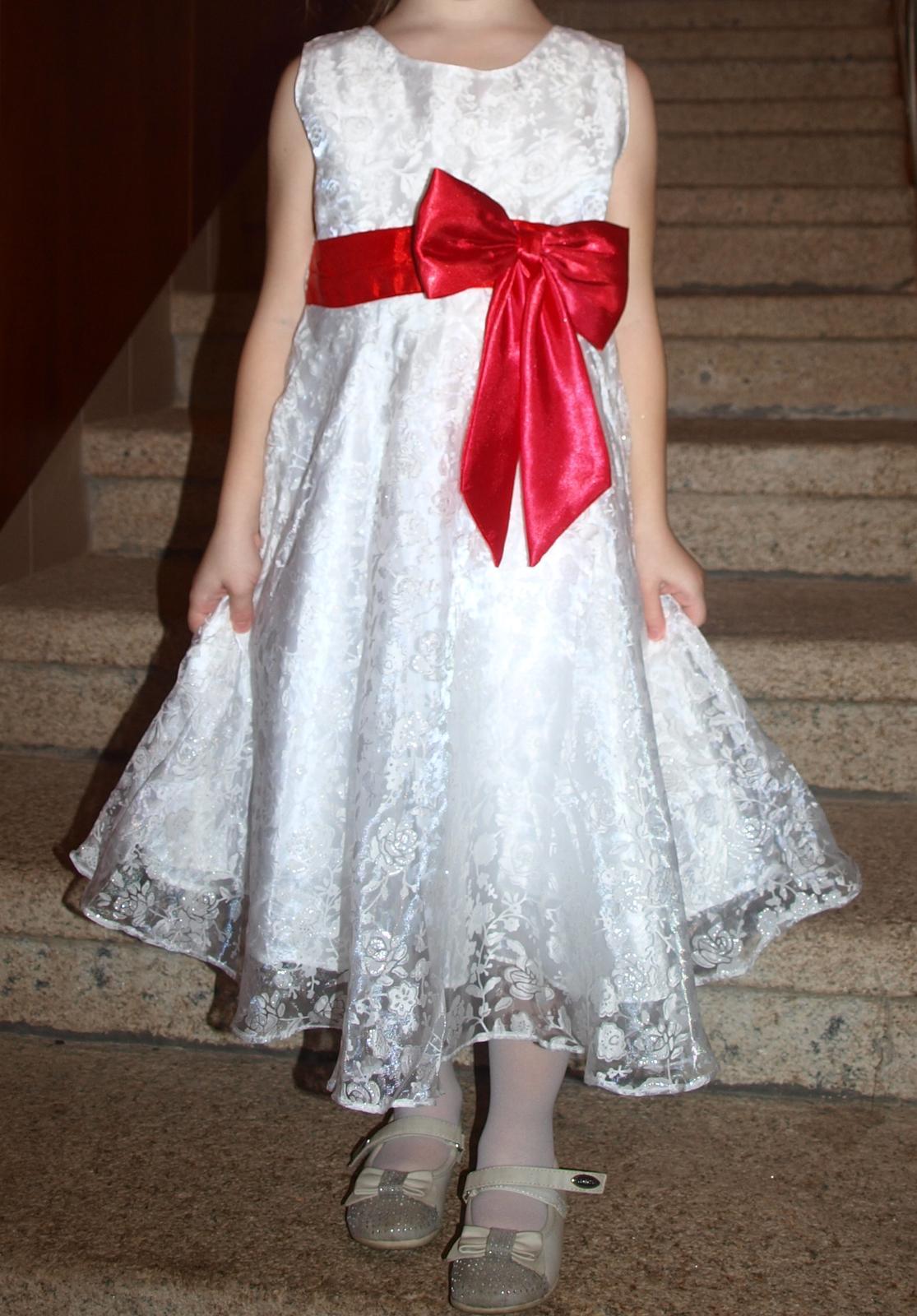Bílé dívčí šaty s červenou mašlí (4-5 let) b50611fa5b