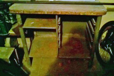 pracovný stôl  ponk,