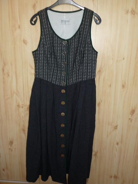 tyrolácke šaty, L