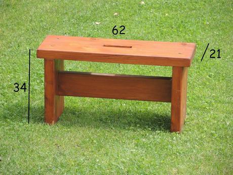 Drevený stolček,