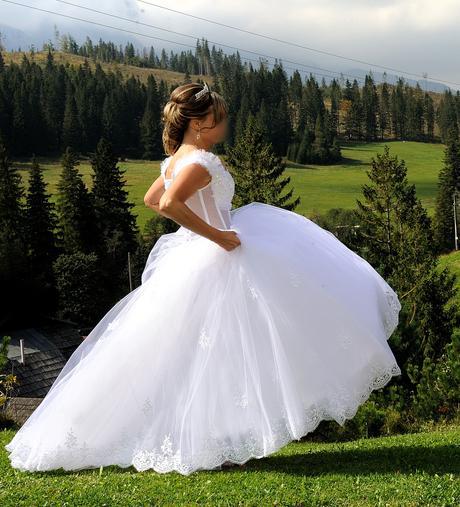 Svadobné šaty+kruh+závoj a rukavičky , 36