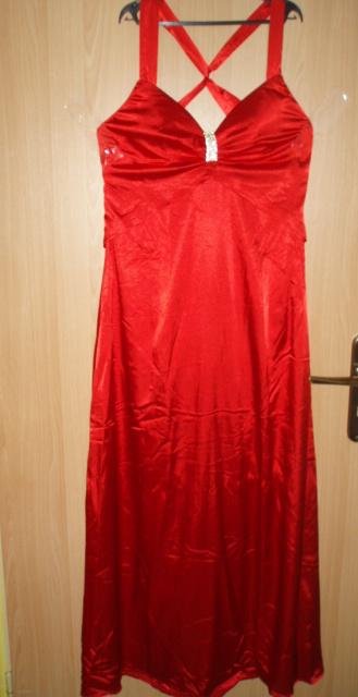 Nepoužité Spoločenské šaty Ever Pretty + rukavičky, 40