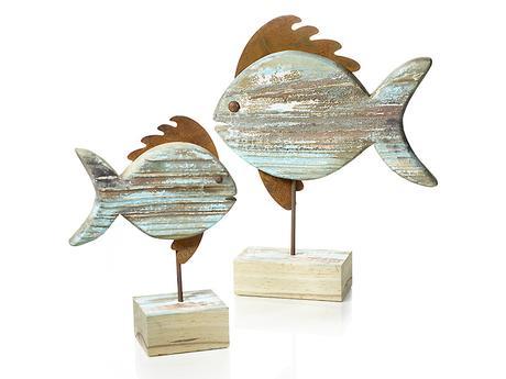 Dekoratívna drevená ryba na podstavci,