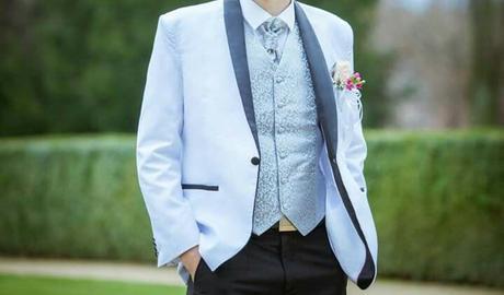Biele svadobne sako, 52