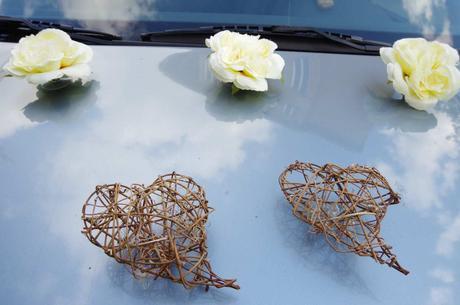 Dekorace na auto - růže a srdce,