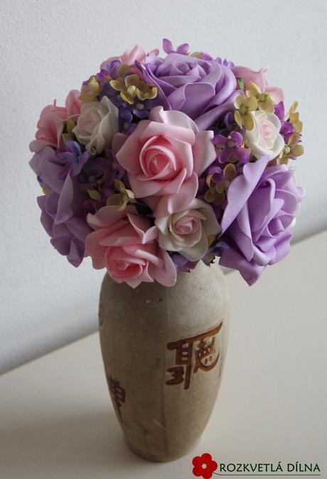 Fialovo-růžová kytice umělá,