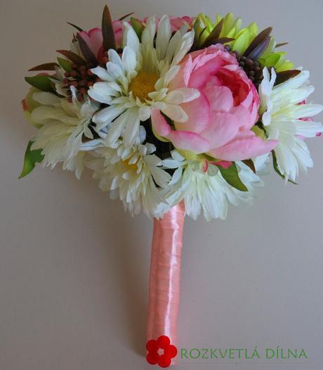 Kopretinová - umělá kytice,