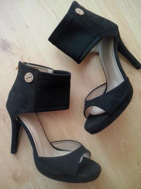 Čierne topánky, 36