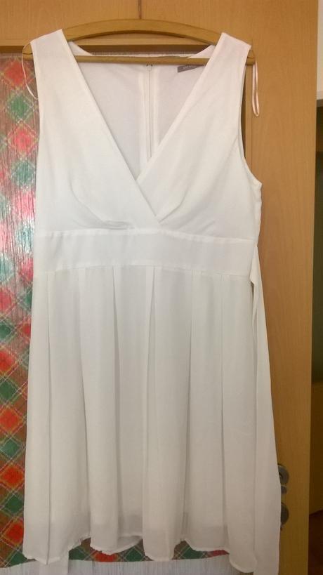 Krátké šaty/popůlnočky, 42