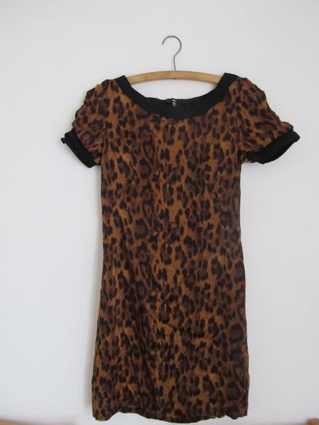 Leopardí chic šaty, S