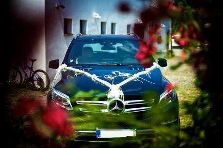 Svatební dekorace na auta ,