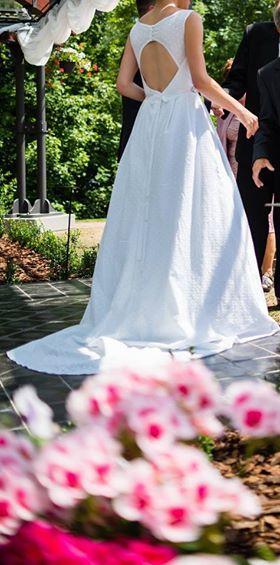 Svatební šaty ze sněhobílé madeiry, 36