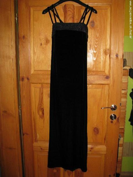 Veľmi pekné čierne spoločenské šaty, 38