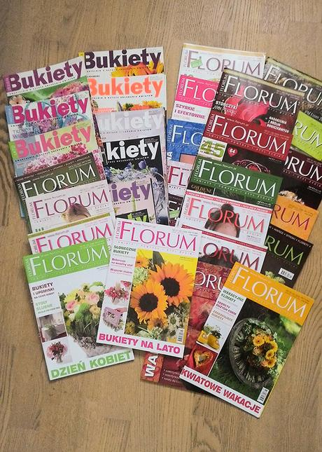 Časopisy o aranžování květin + kniha,