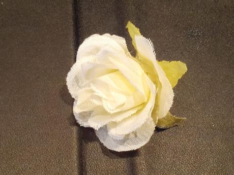 Biele a ružové kvietky,