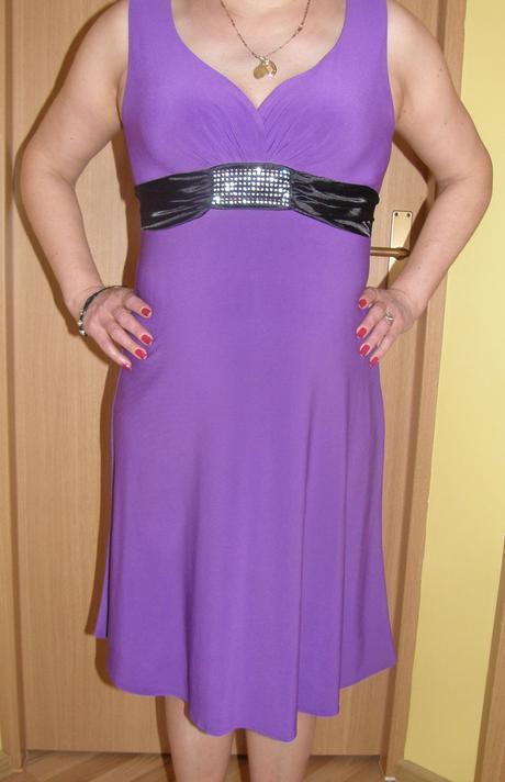 Elastické fialové šaty L, 40