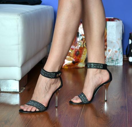 Čierne sandálky, 38