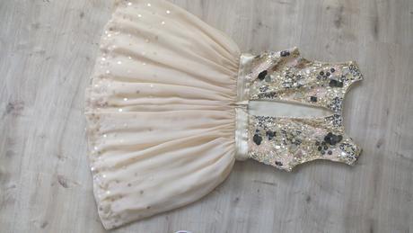 Spločenské šaty vhodné aj ako popolnočné, 38