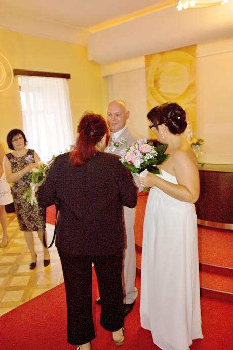 svadobne šaty, 44