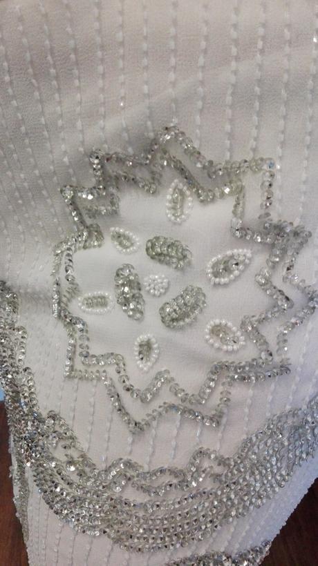 Luxusní šaty značky Pisarro Nights, 44