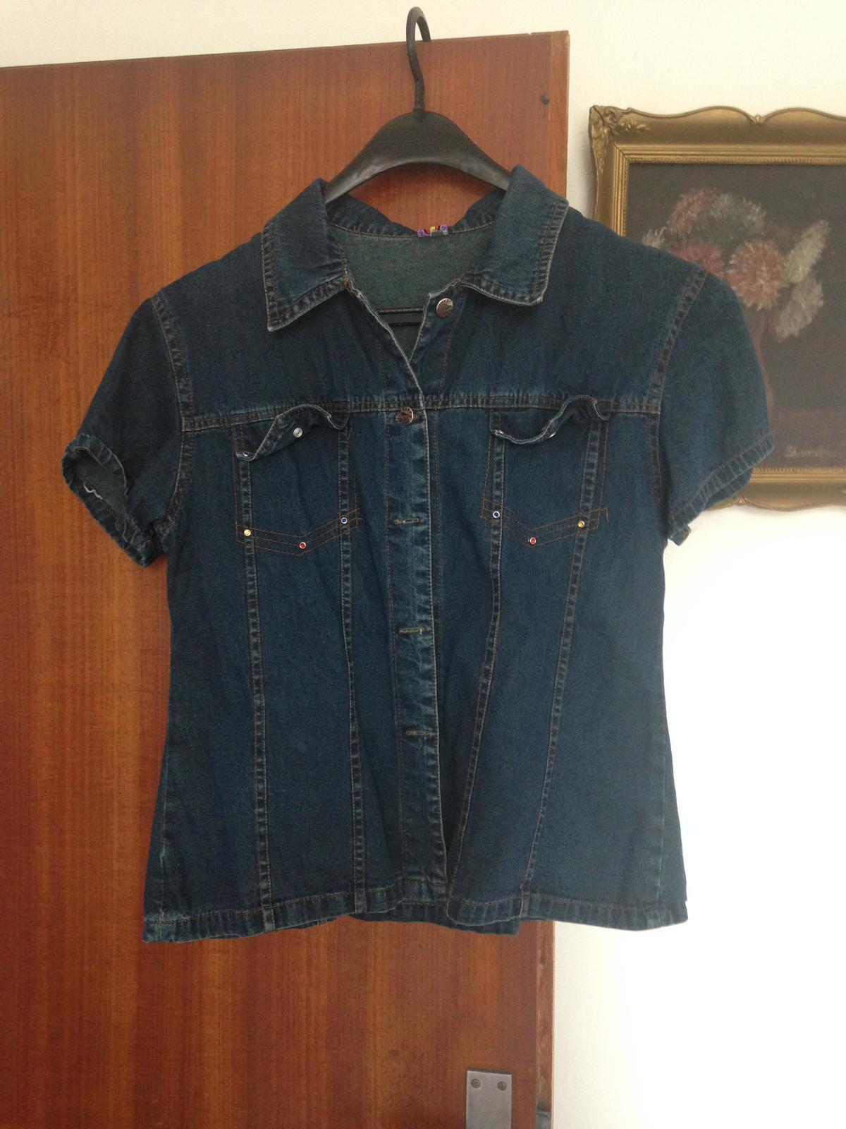5f4073fb7497 Spoločenské tričká