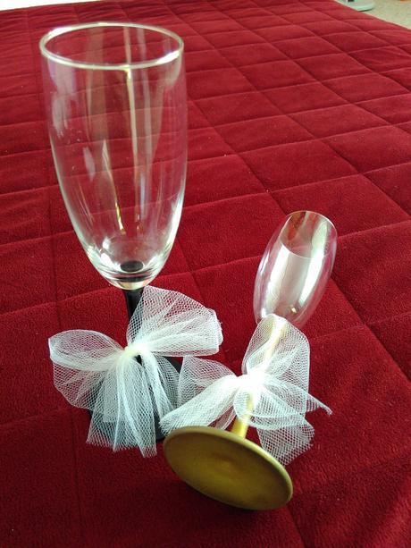 Šampusové sklenice pro nevěstu a ženicha,