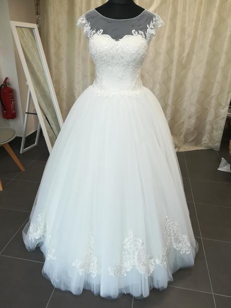 Belmond svadobné šaty, 40