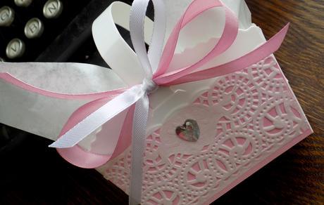 Růžová romance - košíček na koláčky,