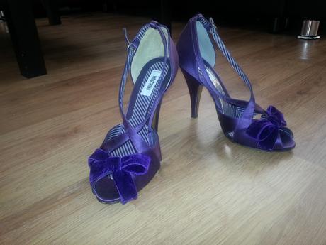 sandalky moschino raz nosené velkost 37, 37