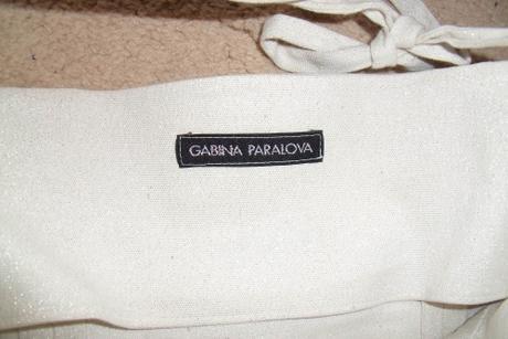 Šaty Gabina Paralová striebornobielej farby 36-38 , 36