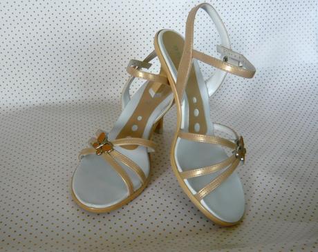Zlaté topánky značky Azaléia, 36