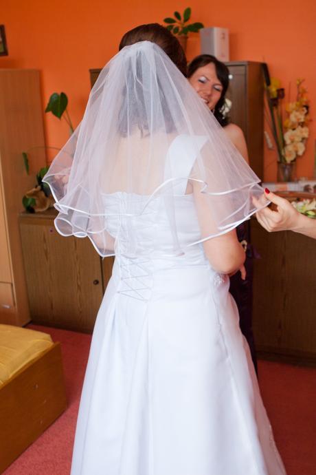 Predám svadobné šaty, 46