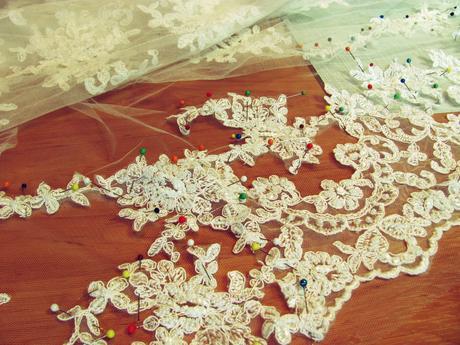 Nádherné svadobné šaty, 40