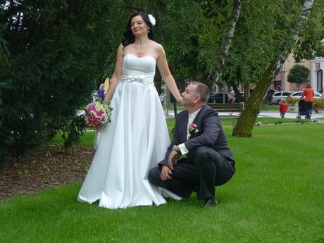 romanticke svadobne šaty 1x pouzite , 38