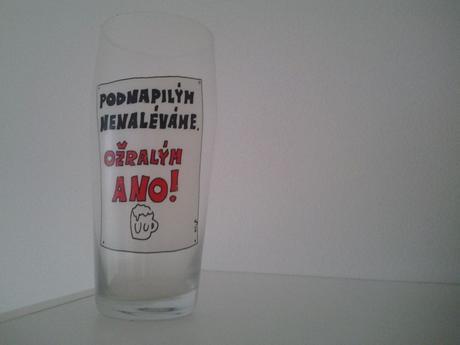 Pivový okrasný pohár,