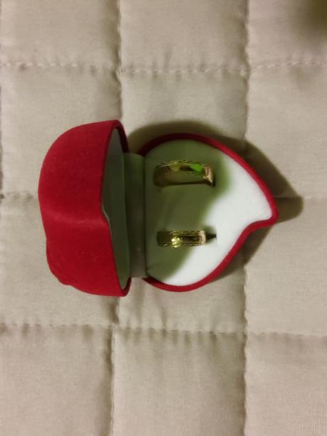 krabička na prstene,