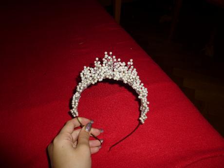 Originální perličková korunka,