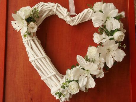 Biele svadobné srdce - rôzne farby,