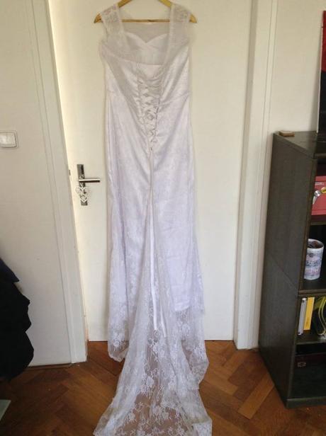 Krajkové šaty vel 38-44, 42