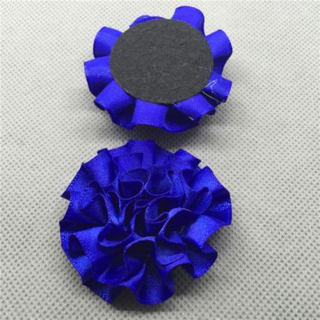 Modré saténové květiny,