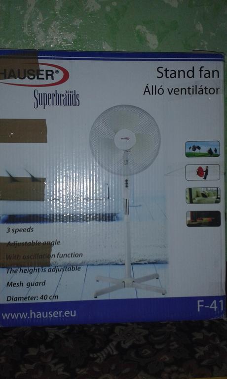 ventilator stojanovy,